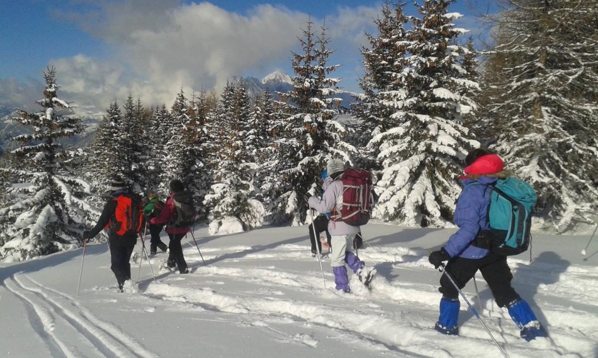 Snowshoeing valloire
