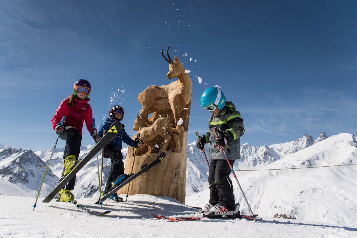 kids ski for free in april valloire bons plans et r ductions sur votre s jour en savoie. Black Bedroom Furniture Sets. Home Design Ideas