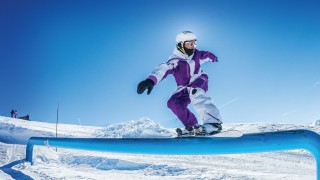 Big Airbag Stunt Stay Package Valloire Réservations