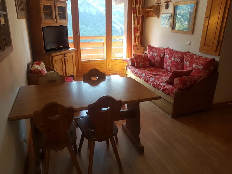 Salon - Chalets de la Vallée d'Or Edelweiss 001